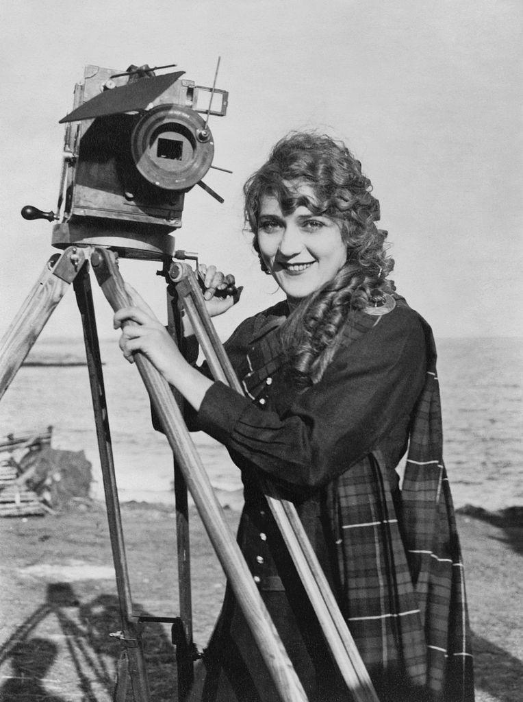 Atrizes Mary Pickford  Assim Era Hollywood-2081