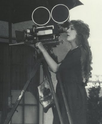 mary-pickford-camera