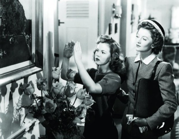 Shirley com Myrna Loy